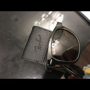 Ray Ban Wayfarer Foldable Sunglasses